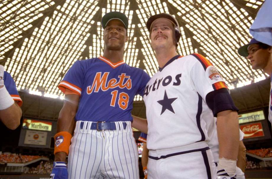 Photo of MLB – 1986 – ESPNs Chris Berman + George Grande The Home Run Derby At The All Star Game