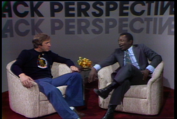 Photo of Comedy – 1979 – Garrett Morris Interviews QB Fran Tarkenton On Why There Are So Few Black QBs In NFL
