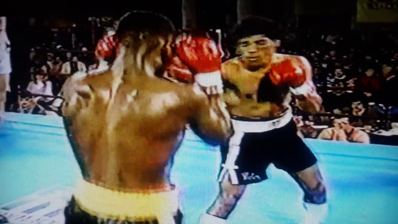 Photo of Boxing – 1985 – Lightweight Bout – Victor Acosta Vs Meldrick Taylor – 8th Round – With Keith Jackson