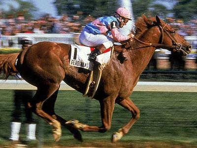 Photo of Horse Racing – 1986 – Kentucky Derby Trophy Presentation – Winner Ferdinand With Bill Shoemaker