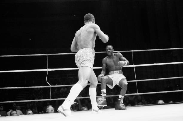 Photo of Boxing – 1987 – ABC Wrap-up Show – IBF Welterwt Title Fight – Johnny Bumphus Vs Lloyd Honeyghan