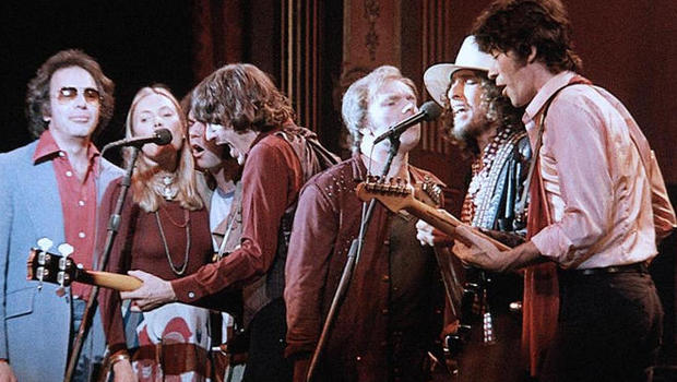 Photo of Music – 1976 – Bob Dylan + The Band + Et Al – I Shall Be Released – Performed At The Last Waltz