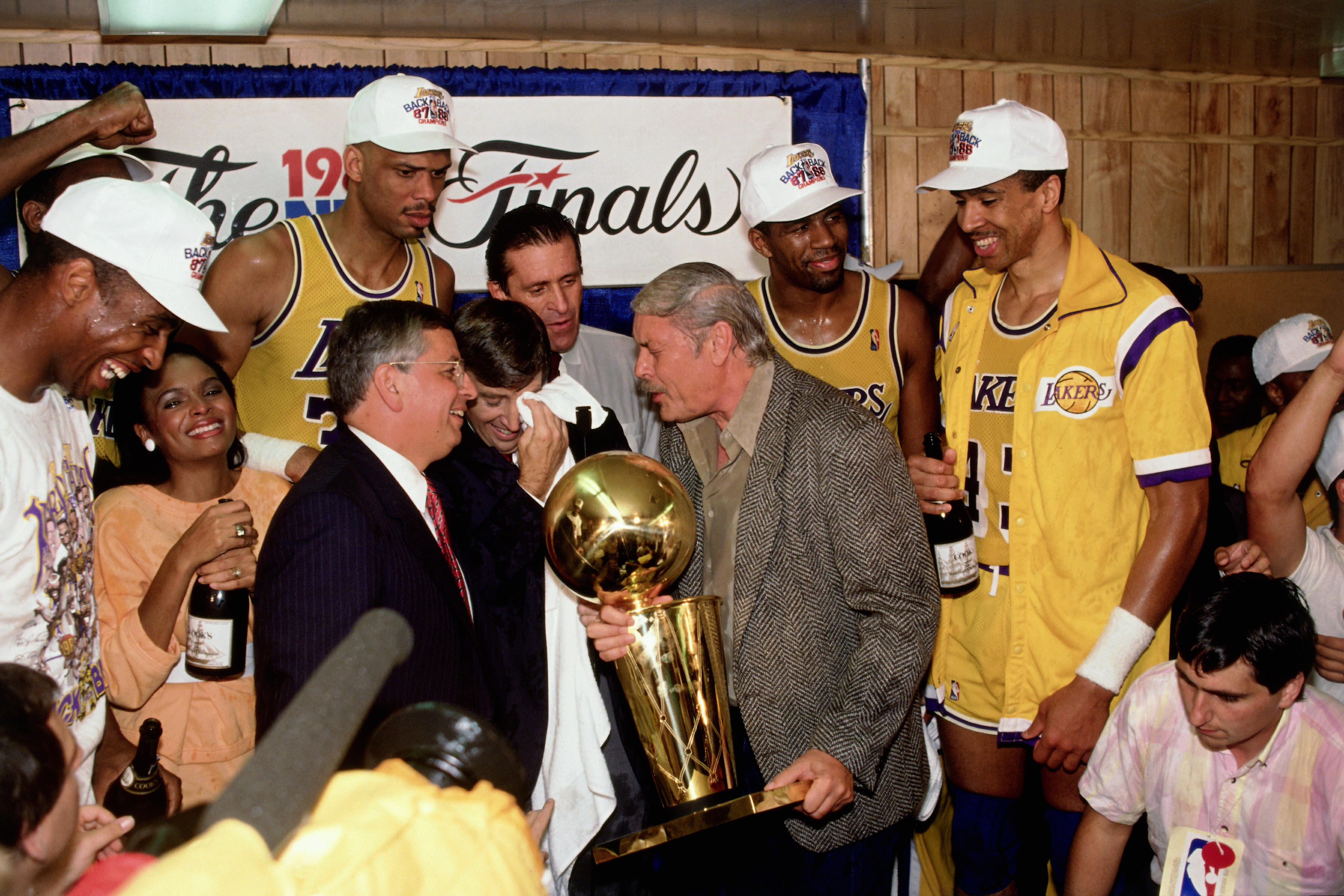 Photo of NBA – 1987 – Finals Trophy Presentation – With Commissioner David Sterns + Lakers Owner Jerry Buss