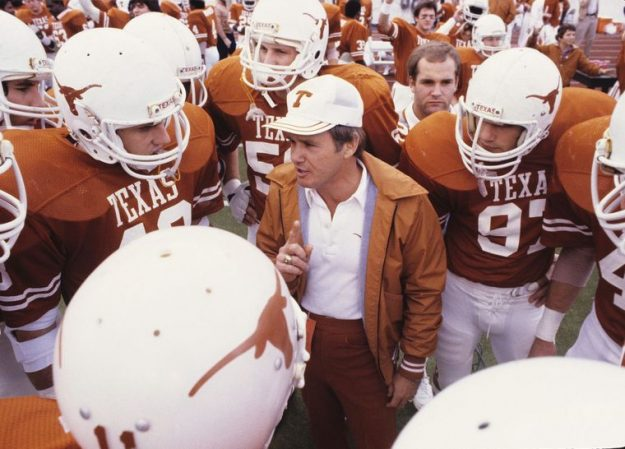Photo of NCAAF – 1985 – Austin KVUE Ch 24 Steve Ross + Texas Coach Fred Akers Preview Upcoming Longhorn Season