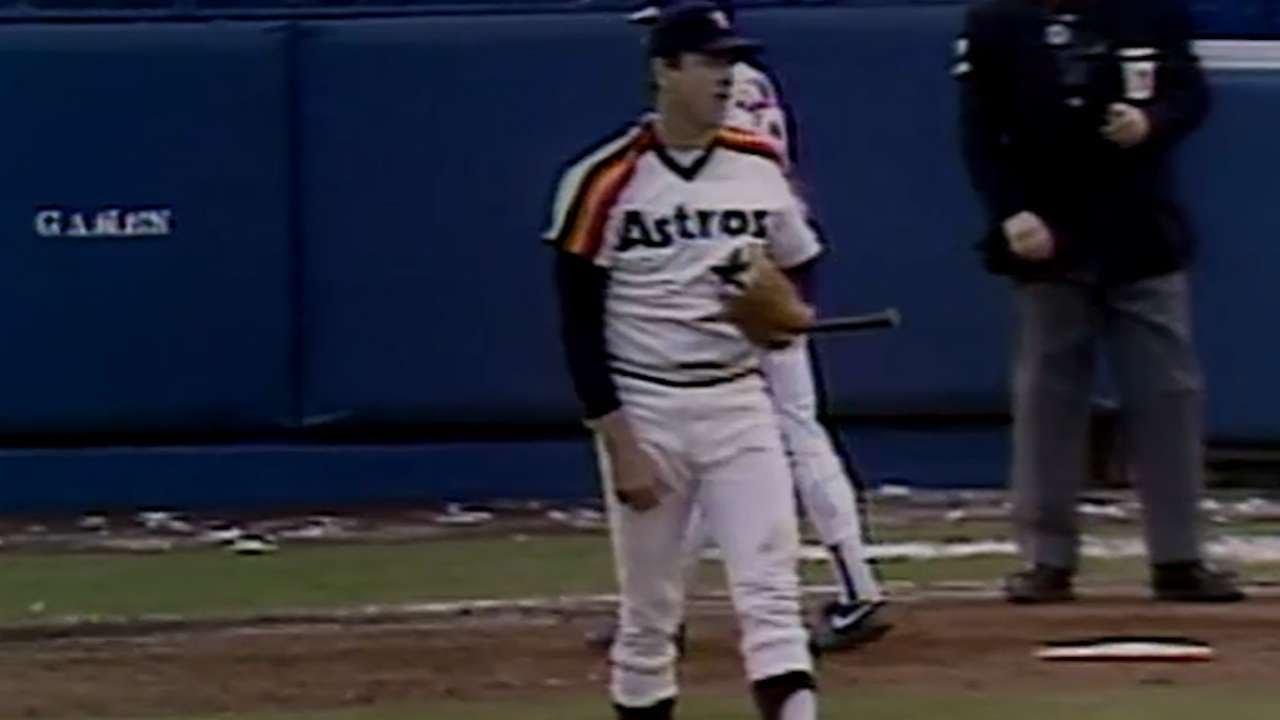Photo of MLB – 1986 – NLCS Game 5 Astros Vs Mets PreGame Show – With Keith Jackson + Tim McCarver