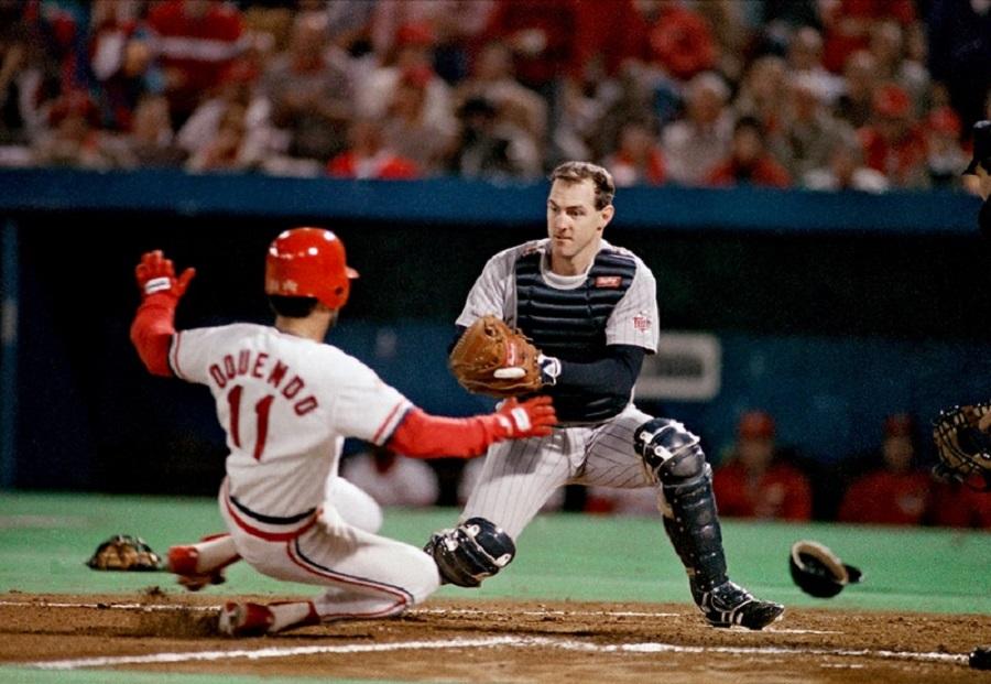 Photo of MLB – 1987 – World Series Game 3 Cards Vs Twins Pregame With Al Michaels + Jim Palmer + Tim McCarver