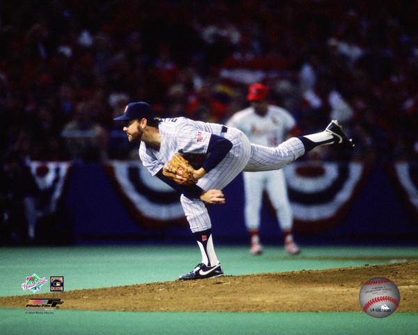 Photo of MLB –  1987 – World Series – St Louis Cardinals Vs Minnesota Twins – Game 2 – Top Of 1st Inning