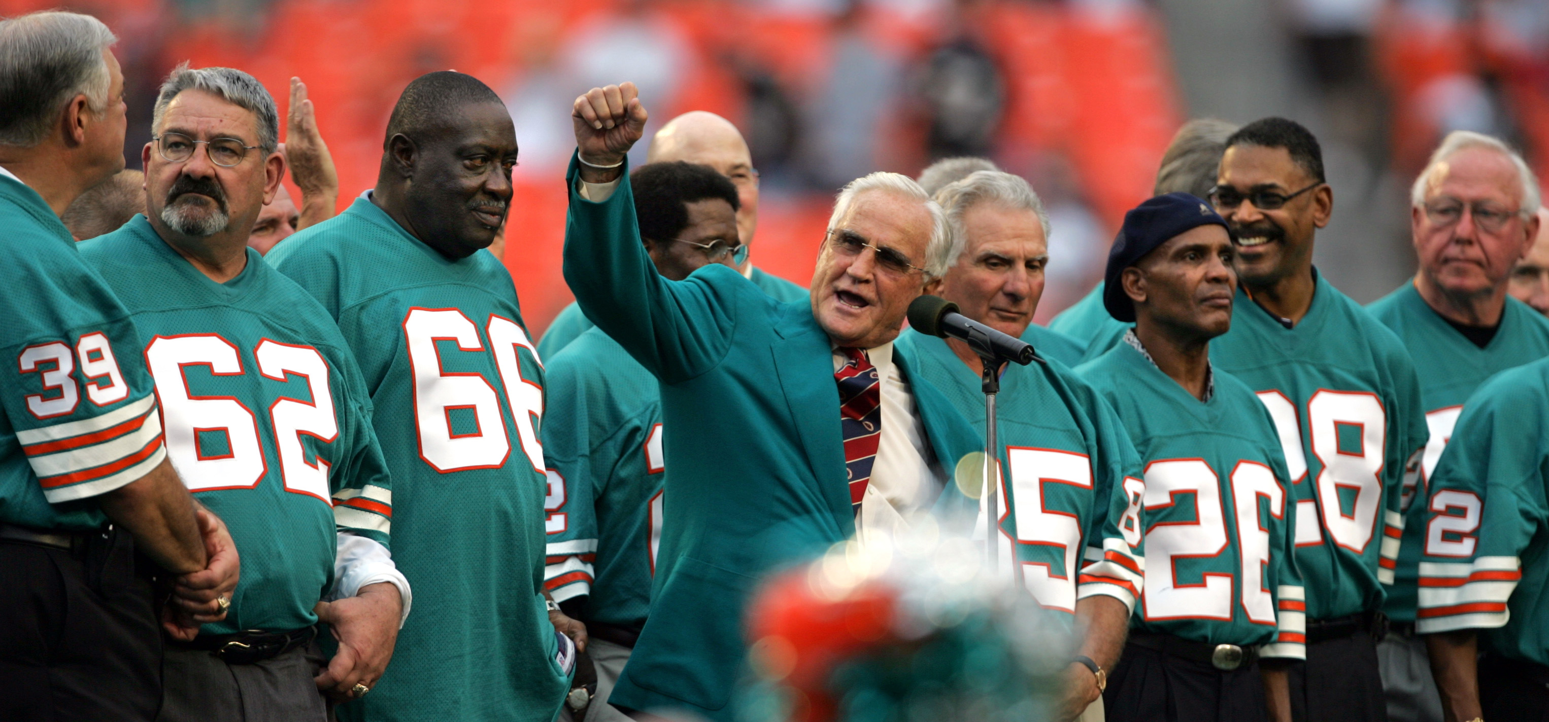 Photo of NFL – 1982 – NFL Films – Best Ever Team –  Coach Don Shula's 1972 Miami Dolphins -With John Facenda