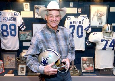 Photo of NFL – 1966 To 1974 – NFL Films – The Cowboys Genuine Cowboy RB Walt Garrison – With John Facenda