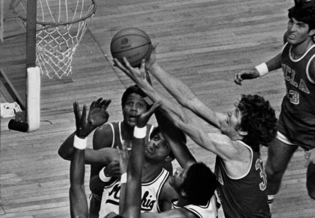 Photo of NCAAM – 1973 – Sportscaster Curt Gowdy On Calling NCAA Finals With UCLA's Bill Walton Scoring 44 Pts