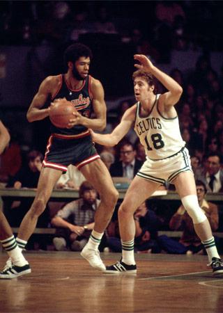 Photo of NBA – 1987 – Playoffs At The Half Highlights – 1974 Celtics Vs Bucks & 1980 Lakers Vs 76'ers