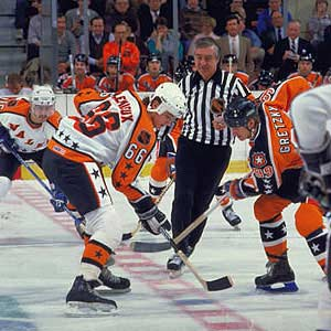 Photo of NHL – 1986 – ESPN Sports 38th All Star Game 1st Intermission Show  With Jim Kelly
