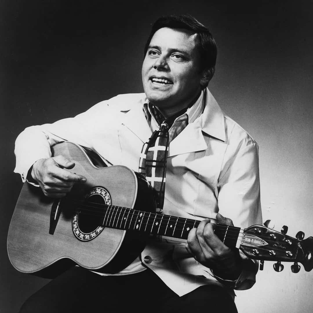 Photo of Music – 1979 – Tom T Hall – The Year Clayton Delaney Died – Sung Live At Austin City