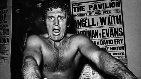 Photo of Boxing – 1983 – Tim Ryan Hosts PreFight Show For 10 Rnd Heavywt Bout Joe Bugner Vs Marvis Frazier
