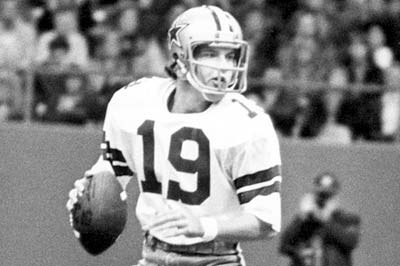 Photo of NFL – 1974 – NFL Films – A Thanksgiving Day To Remember – The Story Of Cowboys QB Clint Longley