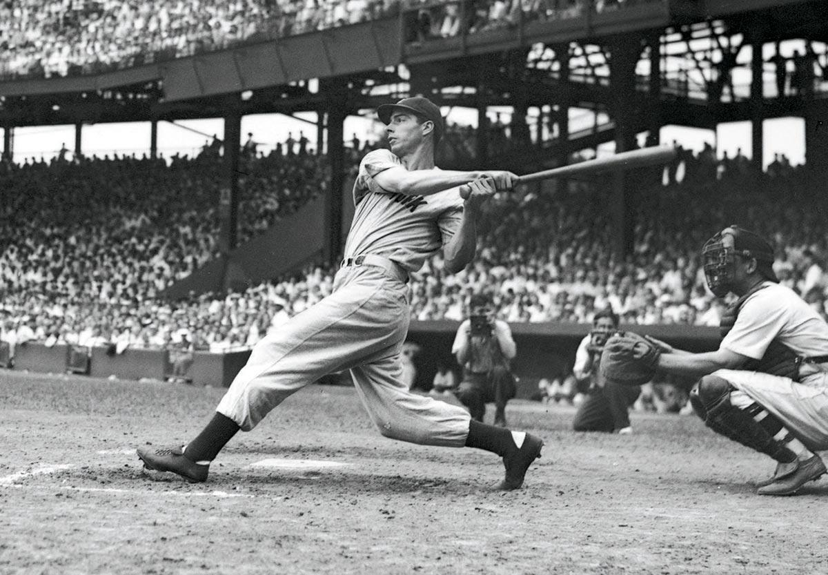 Photo of MLB – 1941 – Special Highlights – Yankees OF Joe Dimaggio Hits Safely In 56 Straight Games