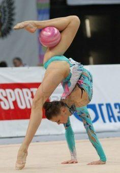 Photo of Olympics – 1984 – L A Games – Rhythmic Gymnastics Womens – JPN Erika Akiyama + USA Michelle Berube