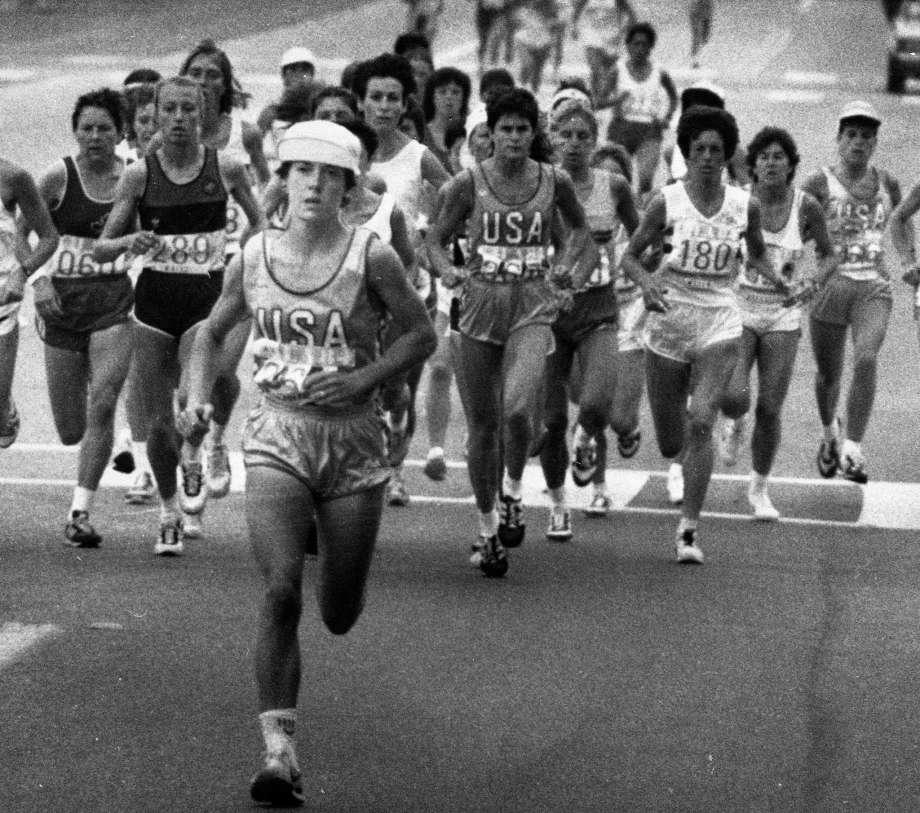 Photo of Olympics – 1984 – L A Games – Track – Jim Lampley Interviews USA Joan Benoit After Winning Marathon