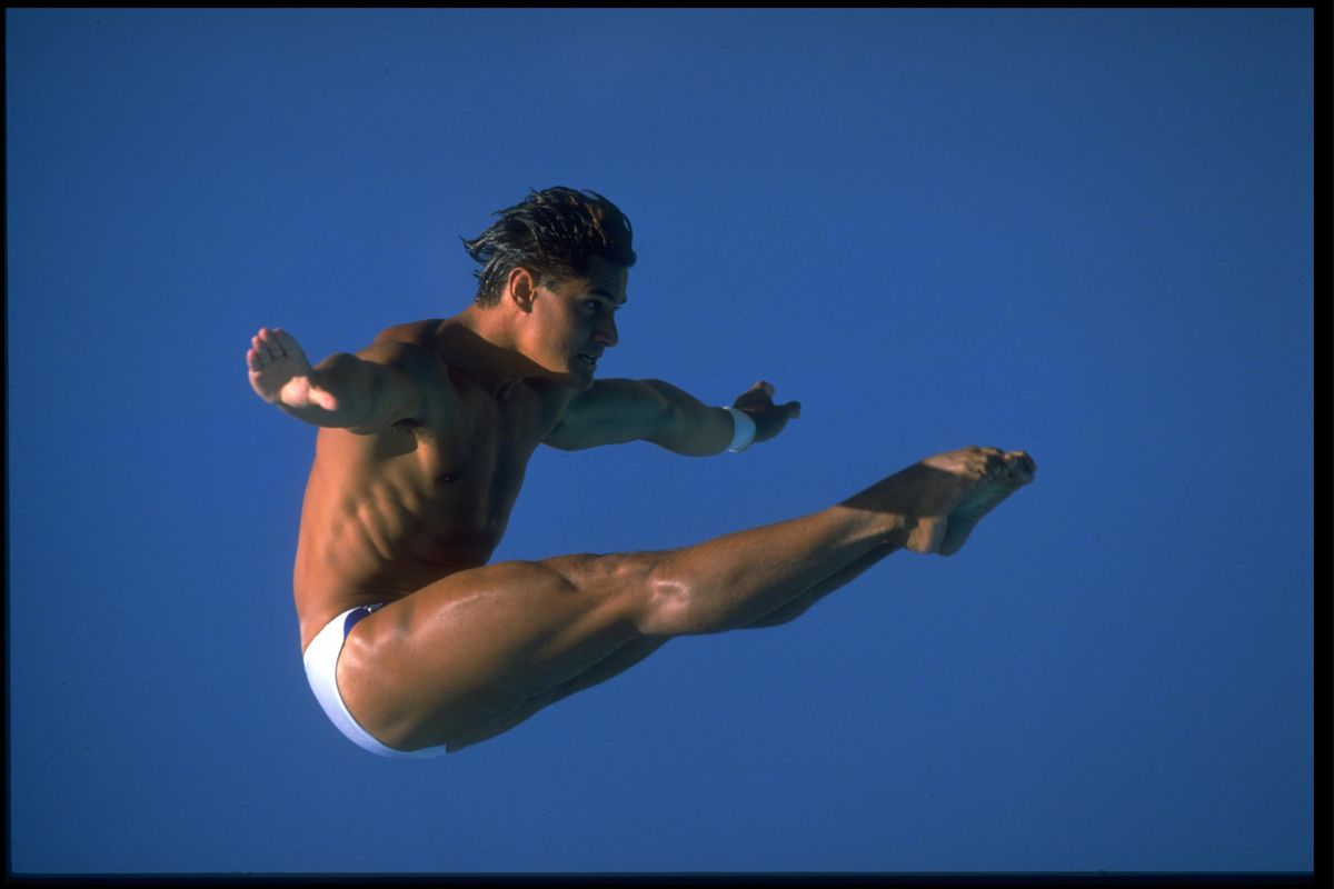 Photo of Olympics – 1984 – L A Games – Diving – Men's 10m Platform – Dive 8 – USA Greg Louganis