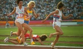 Photo of Olympics – 1984 – L A Games – Track – Press Conference USA 3000m Runner Mary Decker After Her Fall