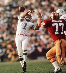 Photo of NFL – 1973 – Worst Plays Ever – Dolphins PK Garo Yepremian Pass After Blocked Extra Point Vs Redskin