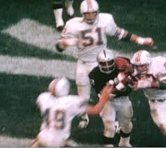 Photo of NFL – 1974 – Greatest Plays Ever – Raiders QB Stabler Flips To Clarence Davis With Last Second TD