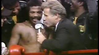 Photo of Boxing – 1982 – Larry Merchant Interviews Aaron Pryor After Retaining Title Against Alexis Arguello