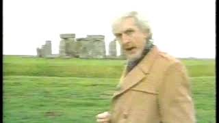 Photo of Comedy – 1983 – Monty Python Eric Idle Poses The Question About Whether Dinosaurs Built Stonehenge