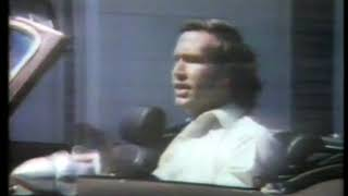 Photo of TV Ads – 1980 – Actor Chevy Chase For Pilsons Feedbag Dinners