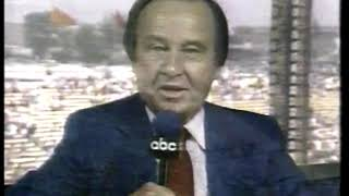 Photo of Auto Racing – 1986 – Indy 500 – ABCs Host Jim McKay Provides The Wrap Up To A Great Day Of Racing
