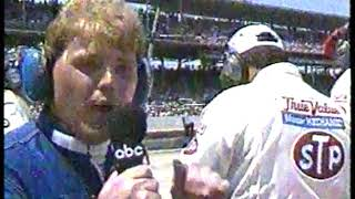 Photo of Auto Racing – 1987 – Indy 500 – Jerry Gappens Interviews Owner Vince Granatelli Of Robt Guerrero Car
