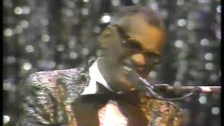 Photo of Music – 1982 – Ray Charles & The Raelettes – I Cant Stop Loving You – Sung Live In Concert At Constitution Hall