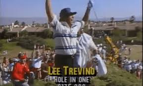 Photo of Golf – 1987 – Skins Game – Vin Scully Interviews Lee Trevino On Whether This Golf Course Is Too Hard