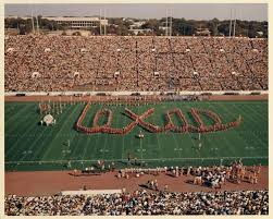 Photo of Music – 1985 – Halftme Show – NCAAF Texas Vs OU – The Show Band Of The Southwest – UT Marching Band