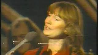 Photo of Music – 1979 – Gail Davies – The Fox Hunting Song + Song For Grandma – Sung At Austin City Limits