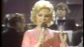 Photo of Music – 1979 – Theresa Brewer – Honky Tonkin – Sung Live On Tribute To Hank Williams TV Special