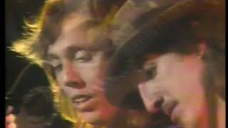 Photo of Music – 1982 –  The Doobie Brothers – Dueling Guitars In Perfect Harmony – Live At Farewell Concert